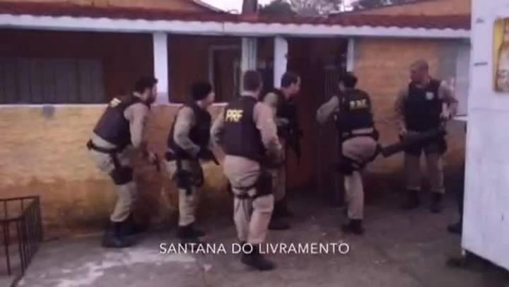 Veja imagens da operação de combate ao tráfico internacional de armas e de explosivos no RS e no Uruguai