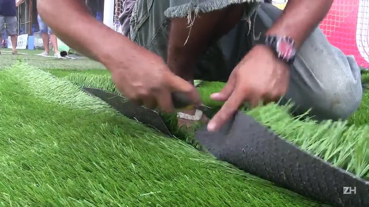 São José faz melhorias no gramado do Passo D\'Areia