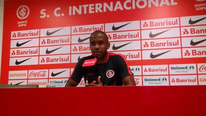 Fabinho fala sobre pausa no Brasileiro e foco na Copa do Brasil