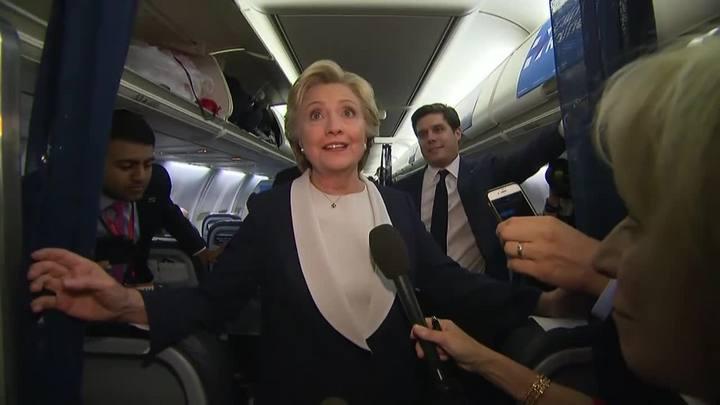 """Avalanche de falsidades"", diz Hillary sobre Trump"
