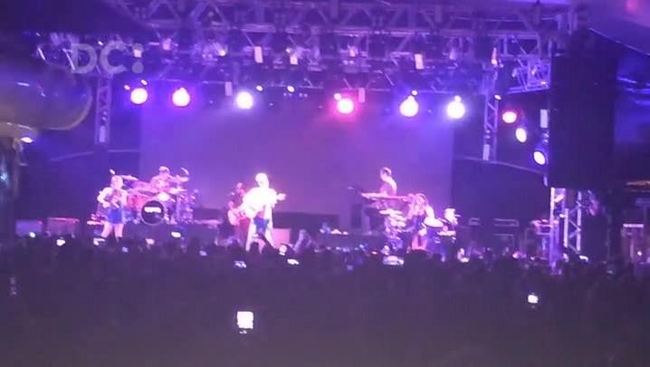 Confira os melhores momentos do show de Jason Mraz em Florianópolis
