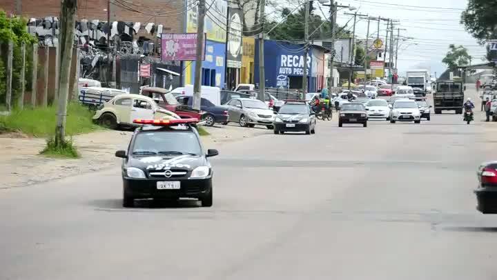 135 policiais civis e 23 delegados participam de operação contra comércio ilegal