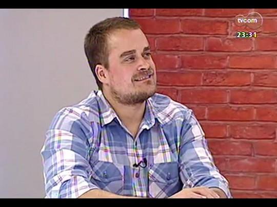 Mãos e Mentes - Organizador do grupo Comunicação Não-Violenta e ativista Felipe Denz- Bloco 2 - 29/04/2014