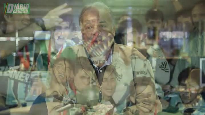 Emocionado, Cacalo lembra dos 20 anos do bi da América
