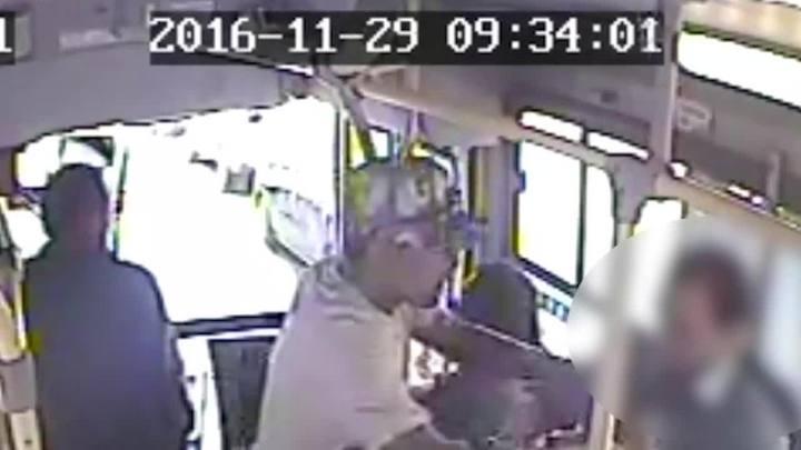 Polícia prende homem que assaltava ônibus em Porto Alegre