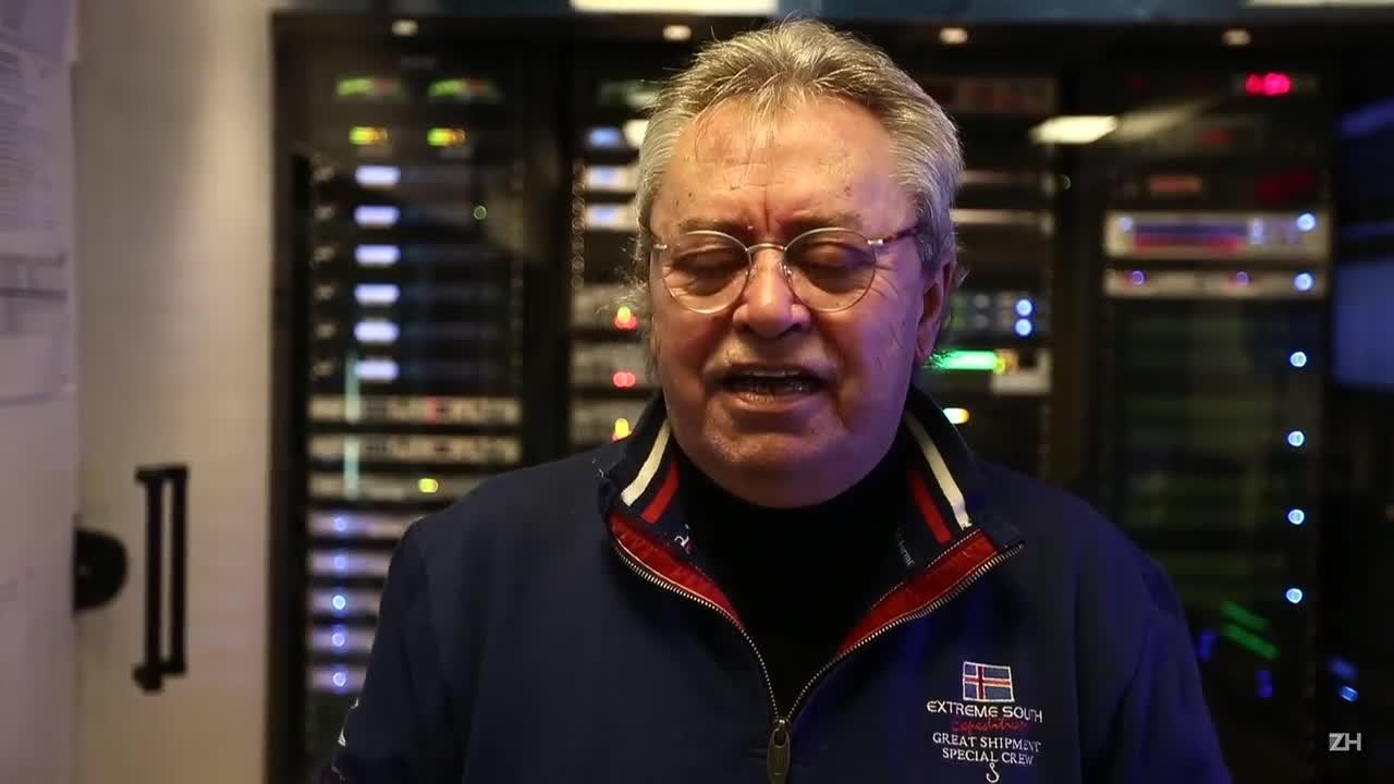 Paulo Sant'Ana é homenageado pelos integrantes do Sala de Redação