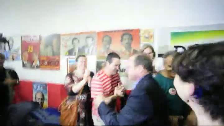 Adão Villaverde chega à sede do PT