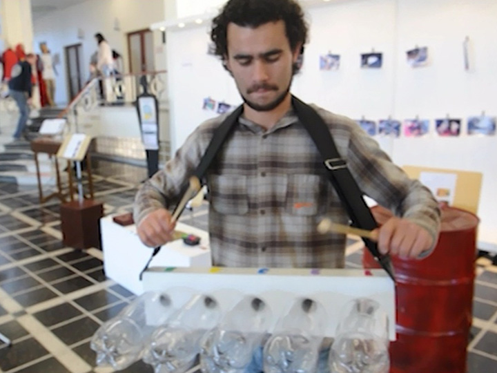 Exposição Objetos Sonoros, de alunos do curso de Música da UCS