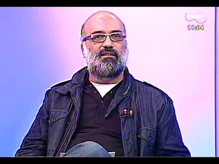 Programa do Roger - Jards Macalé e o diretor Eryk Rocha falam sobre \'Jards\', o documentário que trata da obra do músico - bloco 2 - 17/06/2013
