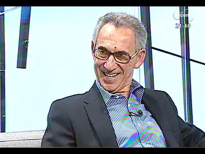 TVCOM Tudo Mais - Conversa com o professor Ruy Carlos Ostermann e três integrantes do Sala de Redação