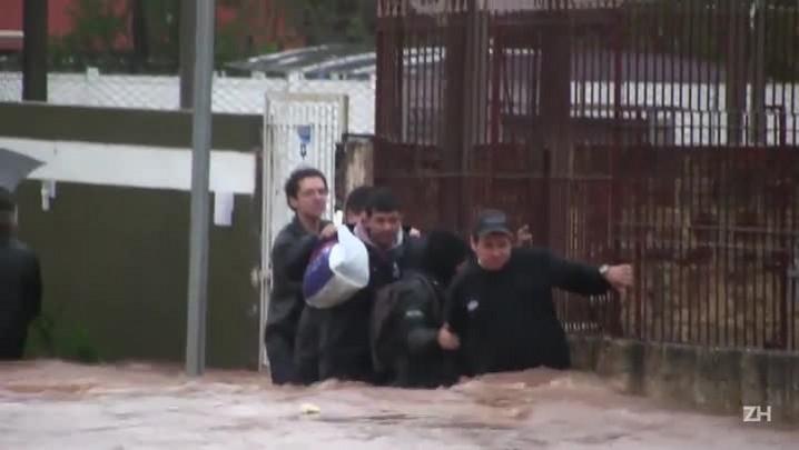 Veja os estragos causados pela chuva em Esteio