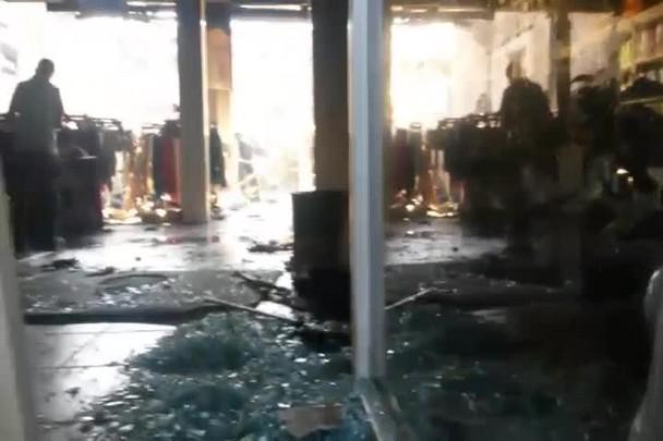 Confira como ficou loja após incêndio em Joinville