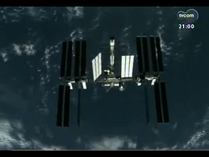 TVCOM Tudo Mais - Estudante que ganhou viagem ao espaço sideral conversa com Sara Bodowsky via skype