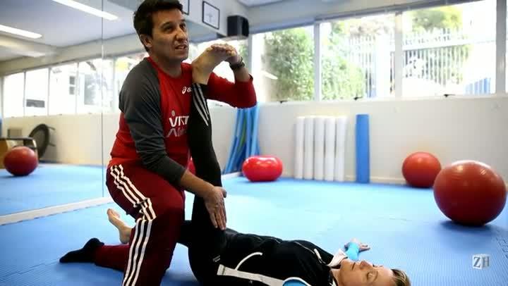 Educador físico dá dicas de alongamento e fala sobre os benefícios da prática