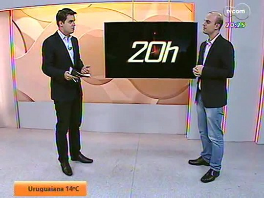 TVCOM 20 Horas - Moradores de Alvorada pagam pelo material para calçamento de rua mas, cinco anos depois, nada foi feito. Conheça a história - Bloco 2 - 08/08/2014