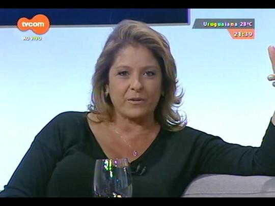 TVCOM Tudo Mais - A repórter Tanira Lebedeff entrevista o jornalista Caco Barcellos na Feira Literária de Viamão