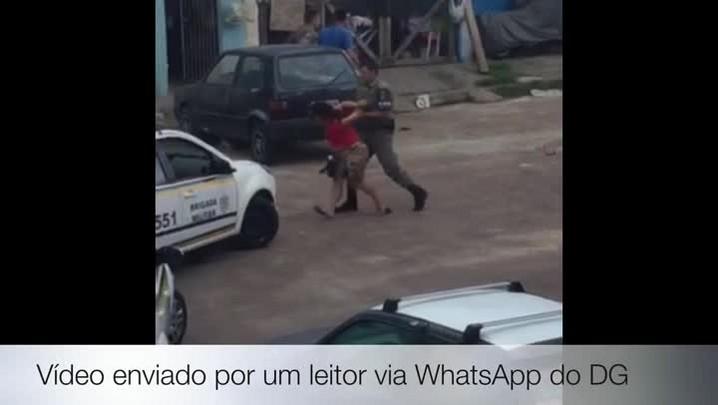 Tumulto entre moradores e BM, na Vila Farrapos, acaba em agressão e detidos