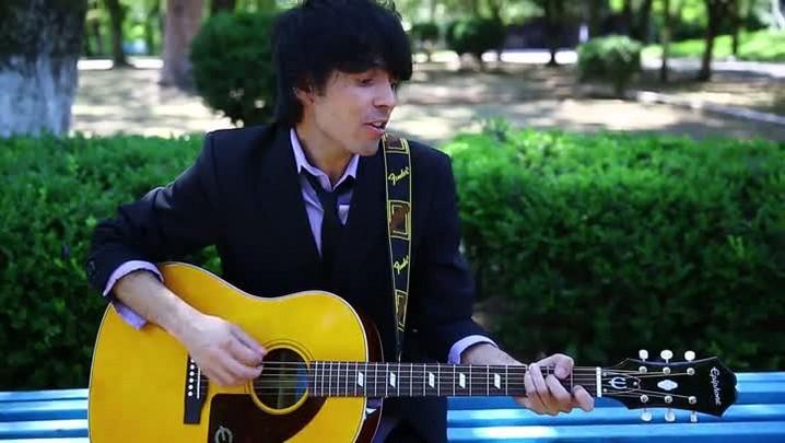 Estrelas da Periferia: conheça o cantor Leonardo Reis