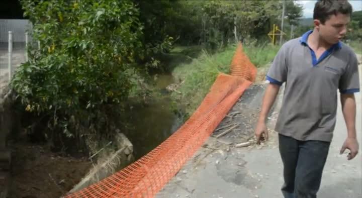 Ponte da Paciência, em Itajaí, segue sem conserto