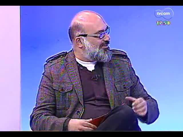 Programa do Roger - Luís Augusto Fischer fala sobre ser patrono da Feira do Livro - bloco 2 - 25/09/2013