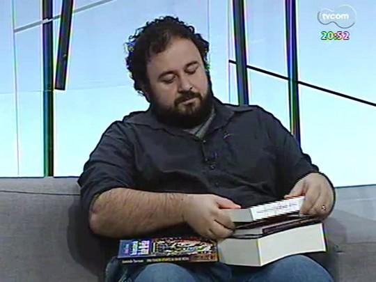 TVCOM Tudo Mais - Carlos André Moreira dá dicas de leitura e fala sobre a morte de Ariano Suassuna