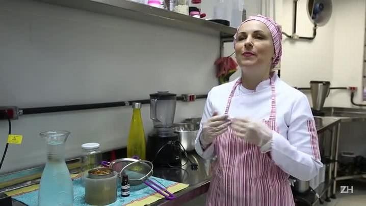 Aprenda a fazer leite de amêndoas e de arroz