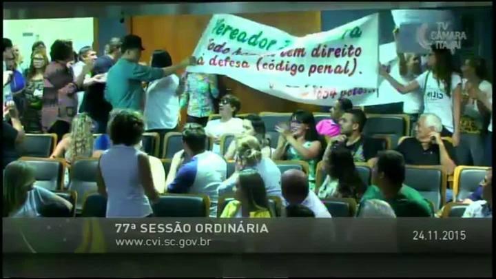 Sessão tumultuada na Câmara de Vereadores de Itajaí