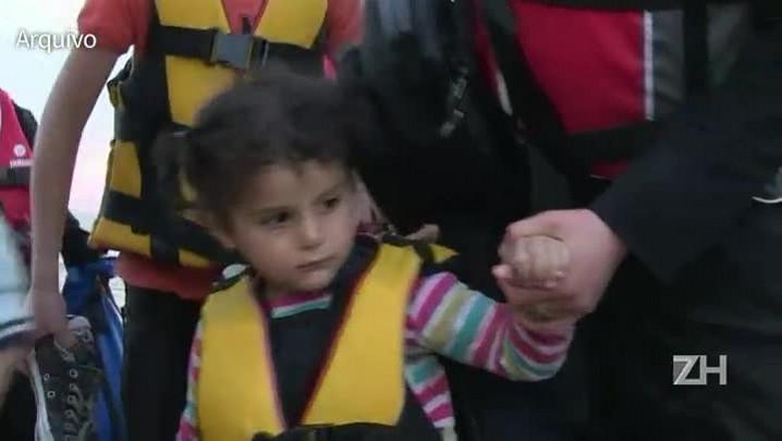 Mais de um milhão de migrantes entraram na Europa em 2015