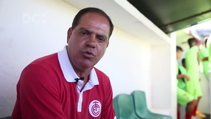 """Waguinho Dias, técnico do Inter de Lages: \""""Quero o Inter na Série D\"""""""