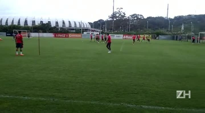 Reservas do Inter treinam finalizações