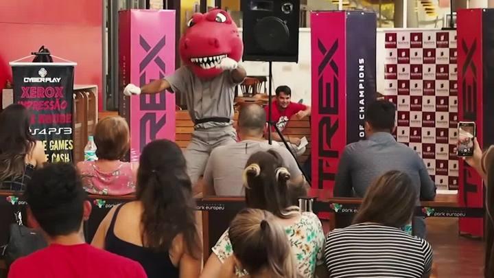Timbó Rex recruta o novo mascote para o time de futebol americano