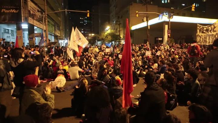 Manifestantes contra Temer realizam ato nesta quinta-feira