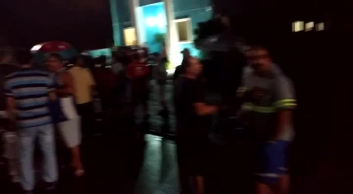 Protesto em frente à Câmara de Vereadores de Sâo Francisco do Sul