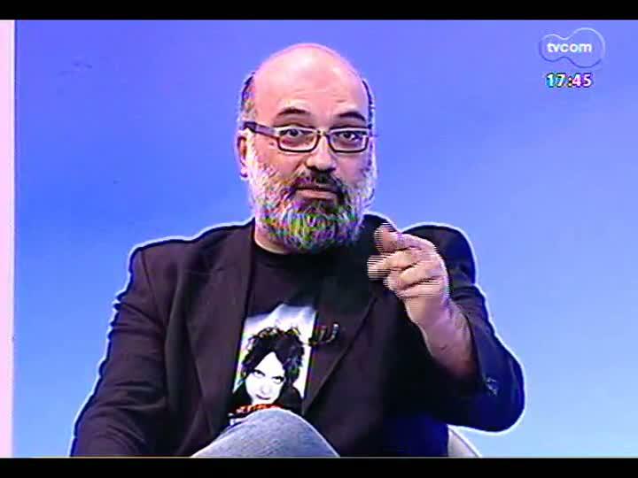 Programa do Roger - Ator Ary França e diretor Luiz Villaça falam sobre peça \'A descida do Monte Morgan\' - bloco 1 - 13/07/2013