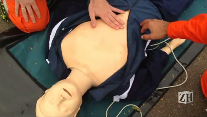Aprenda a fazer a massagem utilizada em casos de socorro