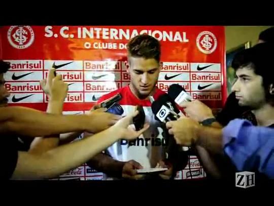 """Rafael Moura passa informações que \""""o torcedor precisa saber\"""""""
