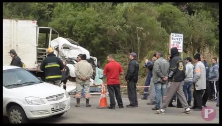 Acidente na RSC-453, em Farroupilha, deixa um morto e dois feridos