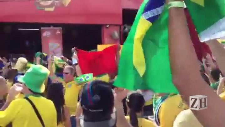 Torcedores fazem festa e criam rivalidade contra argentinos em Belo Horizonte