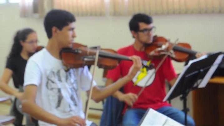 Conheça os benefícios da música para o desempenho escolar
