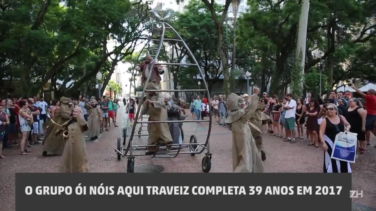 """Ói Nóis Aqui Traveiz estreia a peça \""""Caliban\"""""""