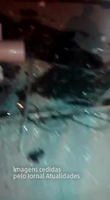 Grupo explode bancos em Otácílio Costa