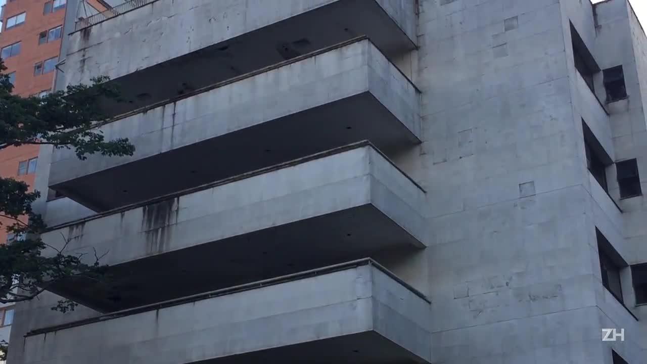 Conheça o edifício no qual Pablo Escobar morou em Medellín