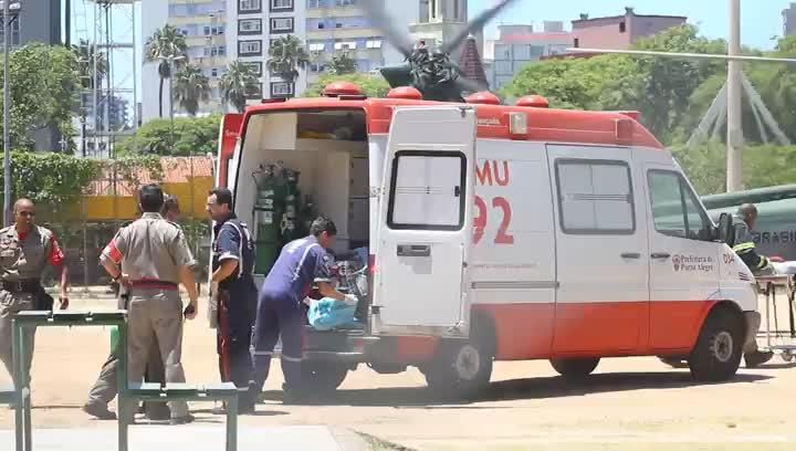 Vítimas do incêndio em Santa Maria chegam à Capital em helicópteros e aviões