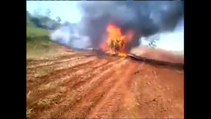 Casal de Chapecó morre carbonizado após acidente na BR-277 no Paraná
