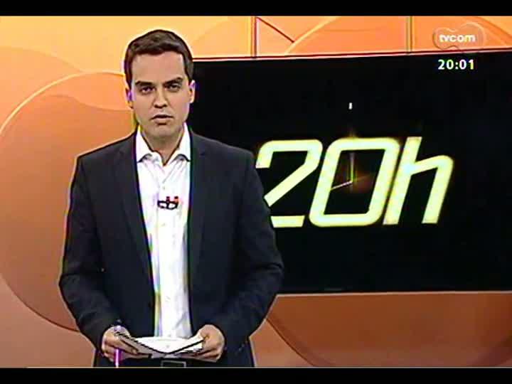 TVCOM 20 Horas - Tarso Genro propõe passe livre para estudantes e avaliação do dia seguinte aos protestos em Porto Alegre - Bloco 1 - 21/06/2013