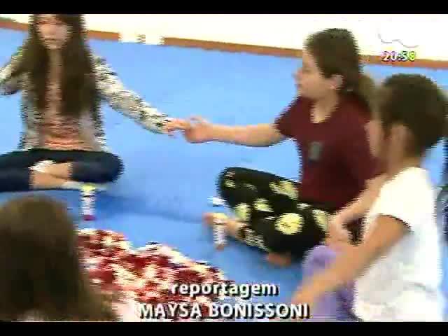 TVCOM Tudo Mais - Crianças fazem aula de yoga especial