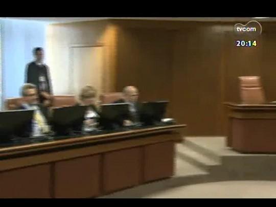 TVCOM 20 Horas - Rodoviários concedem entrevista para anunciar se aceitam reajuste decidido pelo TRT - Bloco 2 - 17/02/2014