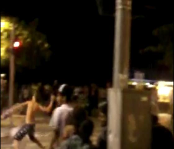Vândalos fazem quebra-quebra na saída do show em Balneário Camboriú
