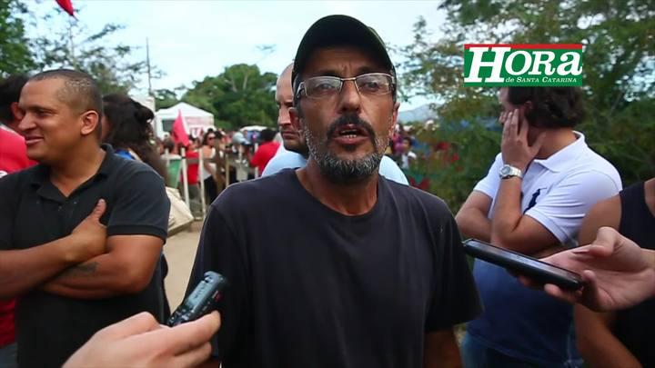 Coletiva de imprensa com um dos coordenadores da Ocupação Amarildo, Rui de Souza