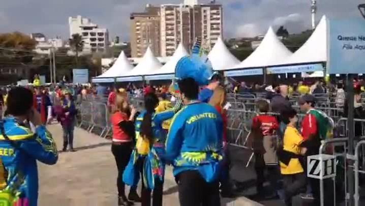 Torcida começa a chegar no Beira-Rio para jogo entre França e Honduras